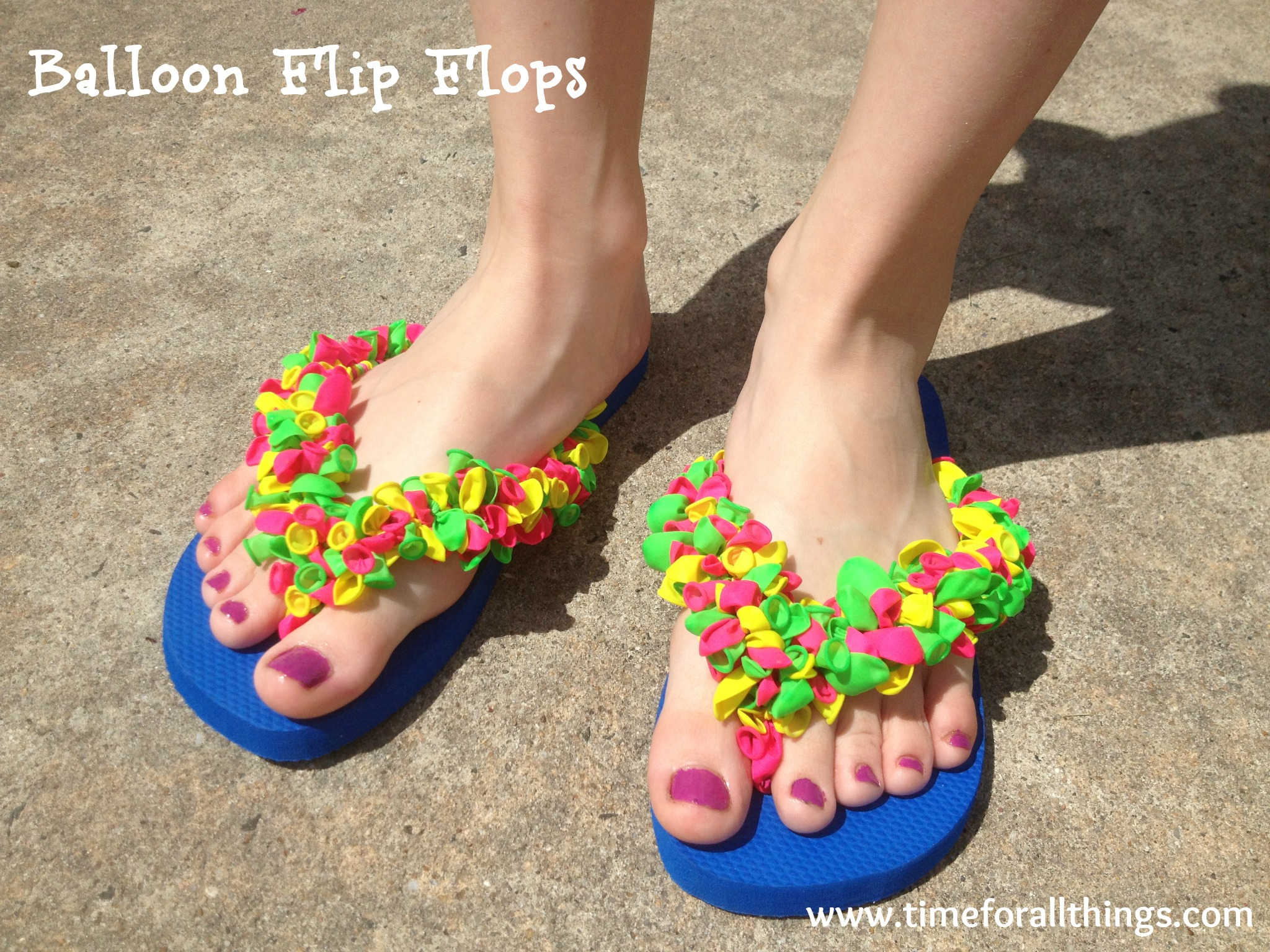 836a76140fda13 DIY Balloon Flip Flops - Time For All Things